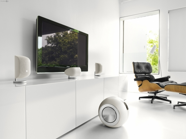 bowers and wilkins_2